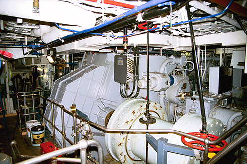 Engine Room: Beneath the MCR, in the engine-room, the 47,500 shp generated by the twin General Electric gas turbines can push the ship to more than 29 knots (50 km/h). For normal cruising, the 20-cylinder 8,800 hp Pielstick diesel is used, giving the ship extended cruising range.