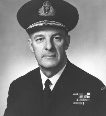 Vice-amiral Harry George DEWOLF, DSO, DSC, CBE, CD