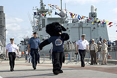 The Navy's Mascot walking on the piers of the Port of Québec.  Photo: Cpl Isabelle Provost