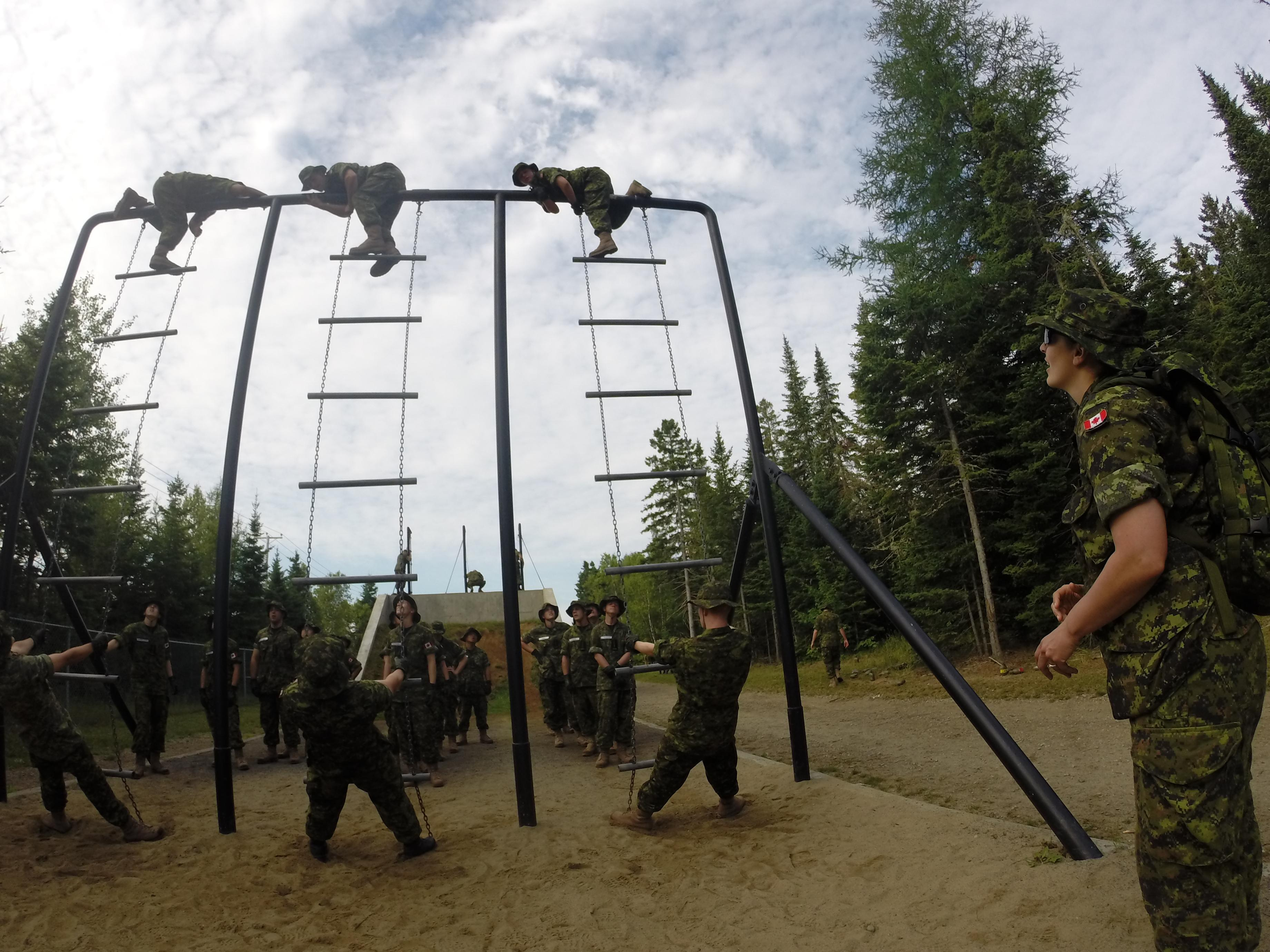 Recruits on the obstacles course during their Basic Military Qualification.