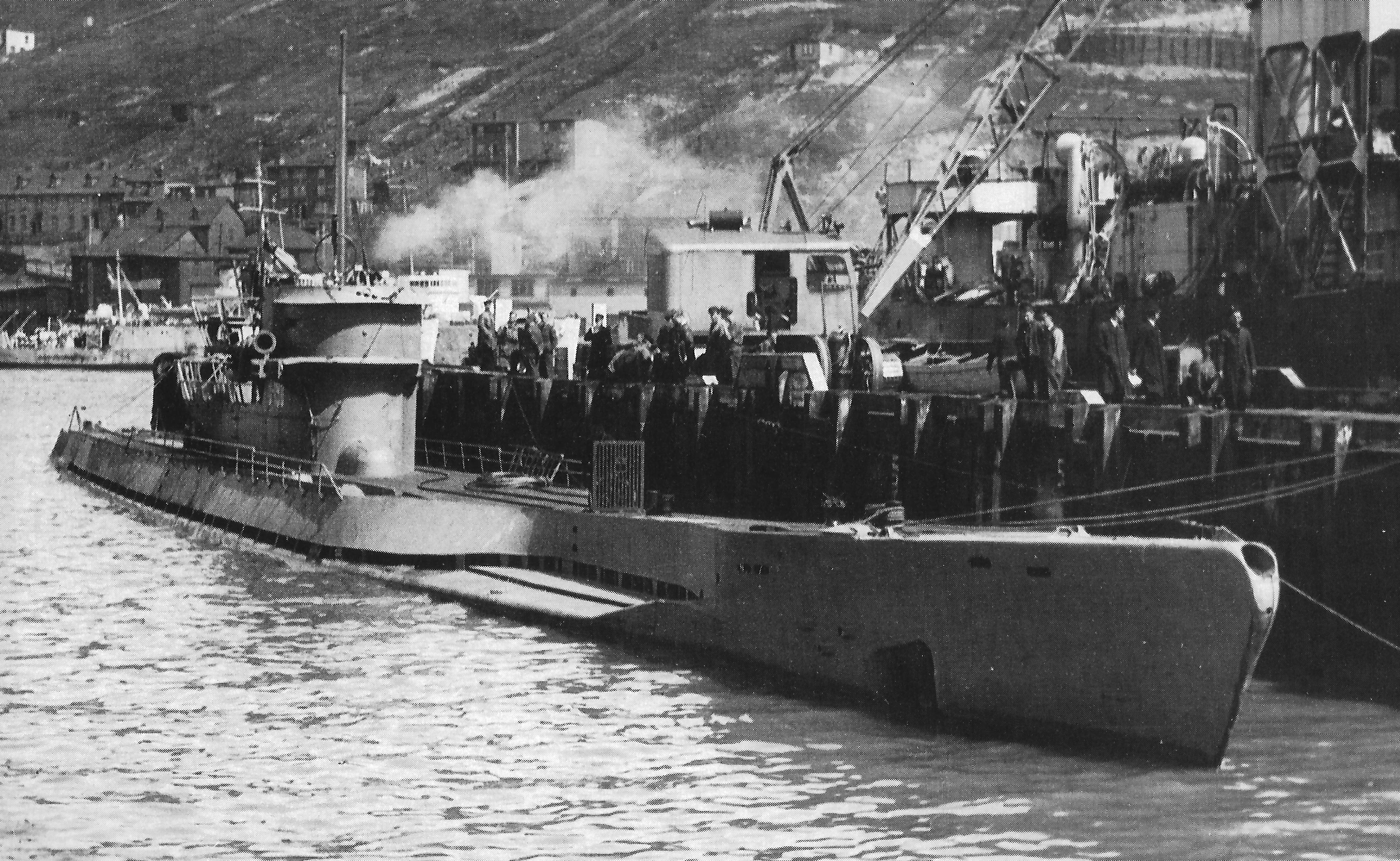 German submarine: A type VII U boat could cover 7,000 to 15,000 km, carried up to 15 torpedoes and was armed with an 88 mm gun.