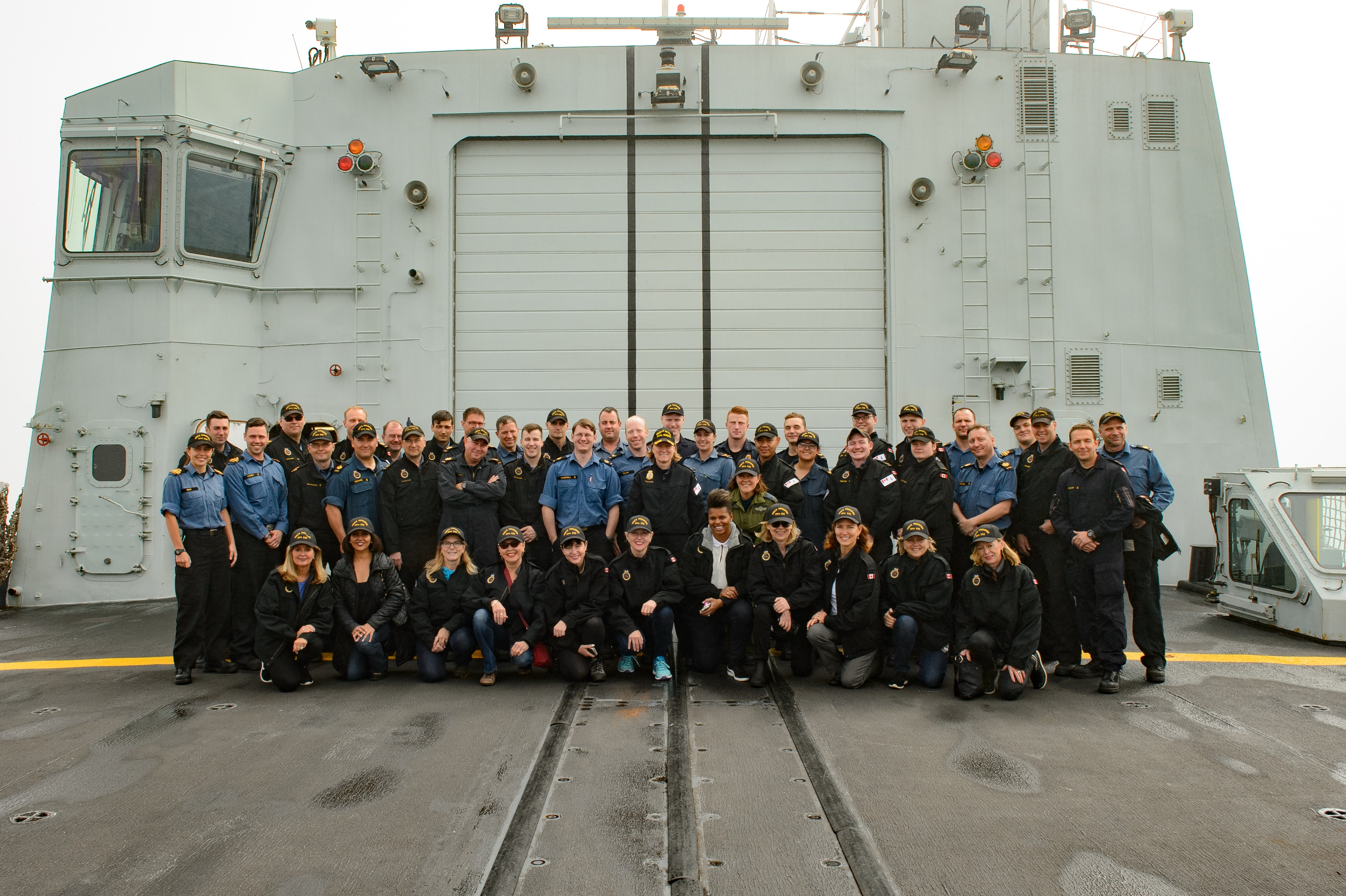 Commodore Marta Mulkins, Commander Royal Canadian Naval Reserve, the Canadian Leaders at Sea participants and members of HMCS Winnipeg's ship's company.