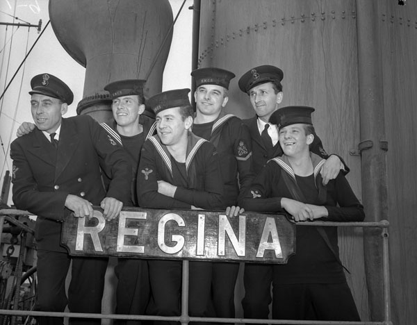 Petty Officer W. Cramp, Able Seaman R. Leblanc, Stoker E.W. Barclay, Petty Officer J. Yankoshi, and Leading Seamen B.J. Jenkin and T.N. Jackson onboard HMCS Regina in May 1943.
